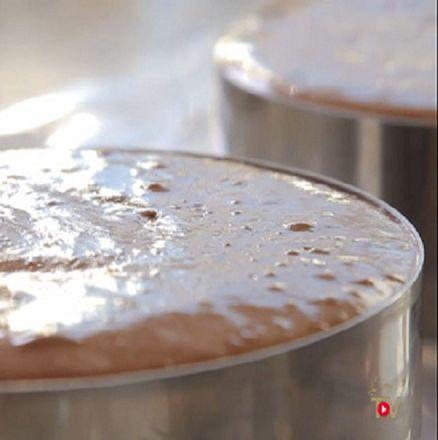 Guanaja-Schokoladenmousse aufGrundlage von Pâte à bombe