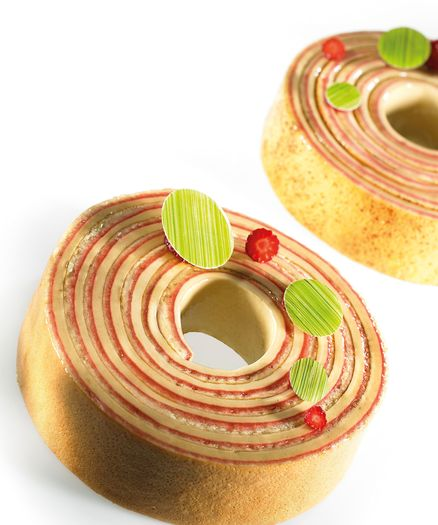 ROULADE STRAWBERRY ENTREMETS