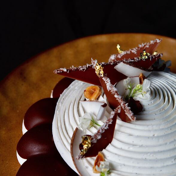 valrhona.com-recette-amatika-coconut-and-hazelnut