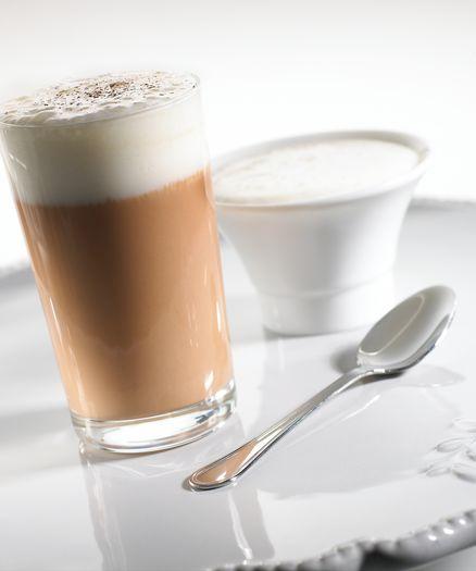 Chocolat chaud au café, nuage Cardamome