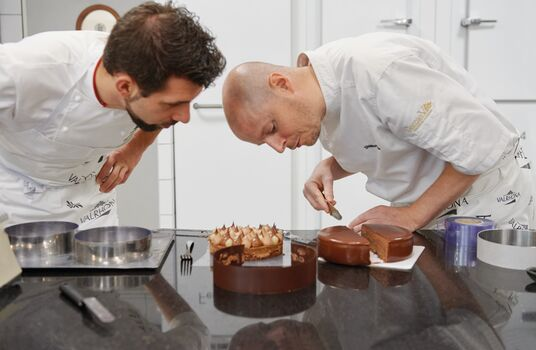 valrhona.asia-ecole-valrhona-services-classes