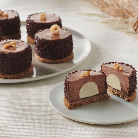 valrhona.com-recipe-triple-chocolate-hazelnut-cake