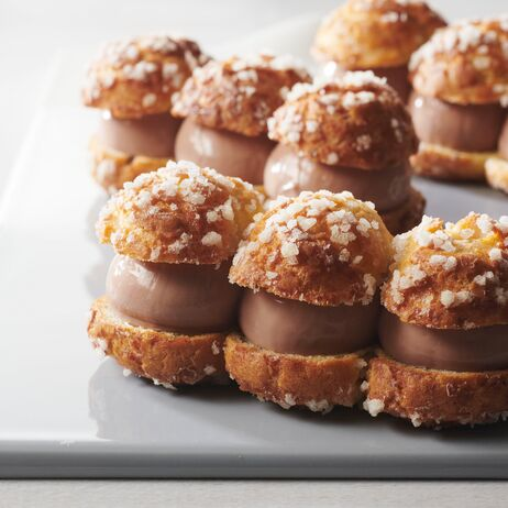 valrhona.com-recipe-little-andoa-choux-buns