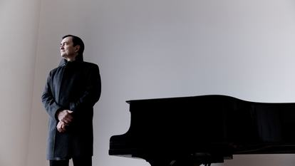 Pierre-Laurent Aimard by piano