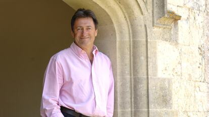 Alan Titchmarsh, television presenter