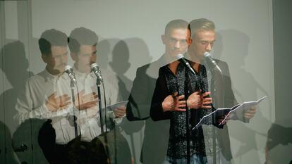 Poets reading