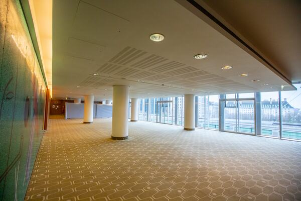 Level five function room