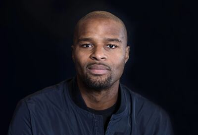 Osi Umenyiora, American football defensive end