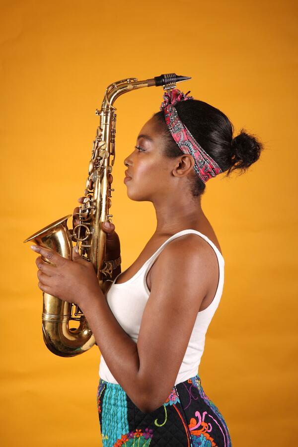 Camilla George, saxophone player