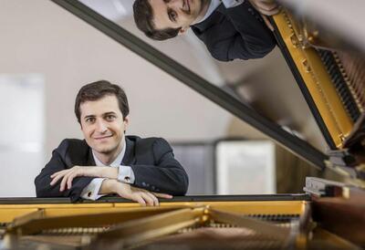 Kenny Broberg, pianist