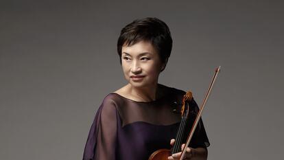 Violinist,  Chung- Kyung Wha