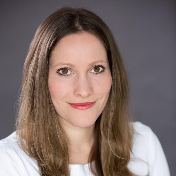 Laura Bates, writer