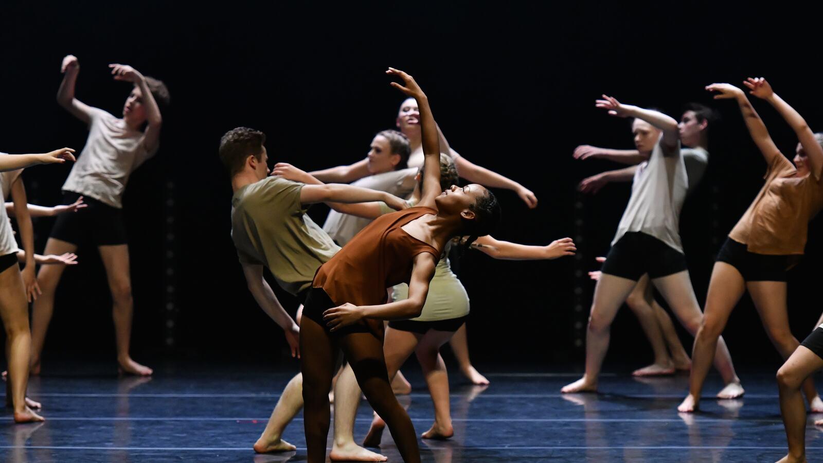U. Dance Showcase, youth dancers performing