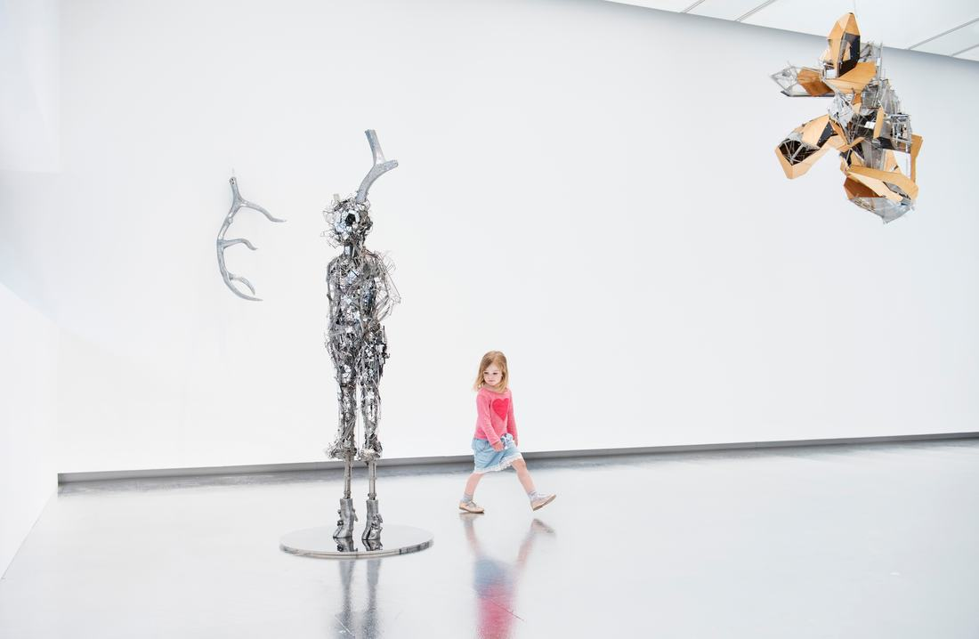 Installation view of Lee Bul, Titan, 2013 and Untitled sculpture (W3), 2010 at Hayward Gallery, 2018 © Lee Bul, 2018 Photo: Linda Nylind