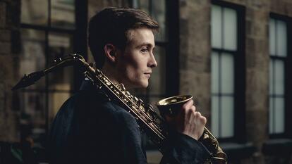 Lewis Banks, saxophonist