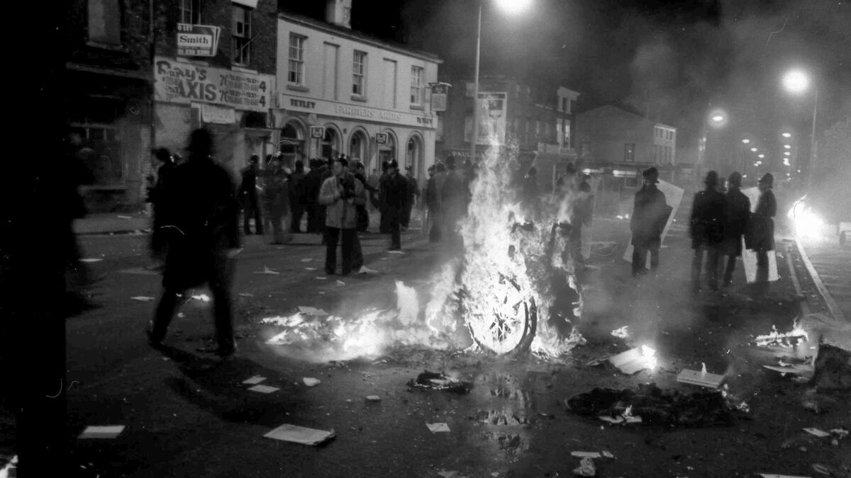 Chair burning during riot in Sheffield, April 1990. No attributable photographer