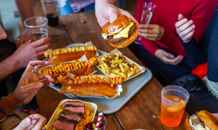 Oh My Dog!, hot dogs, craft beer
