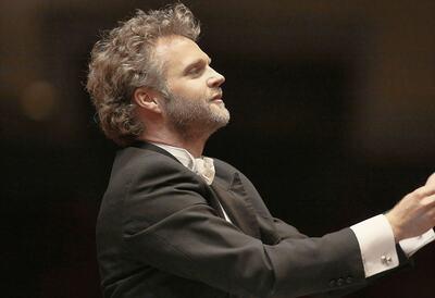 Usher Søndergård, conductor