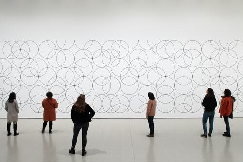 Installation view of Bridget Riley, Composition with Circles 4, 2004 at Hayward Gallery 2019 © Bridget Riley 2019 Photo Stephen White & Co.