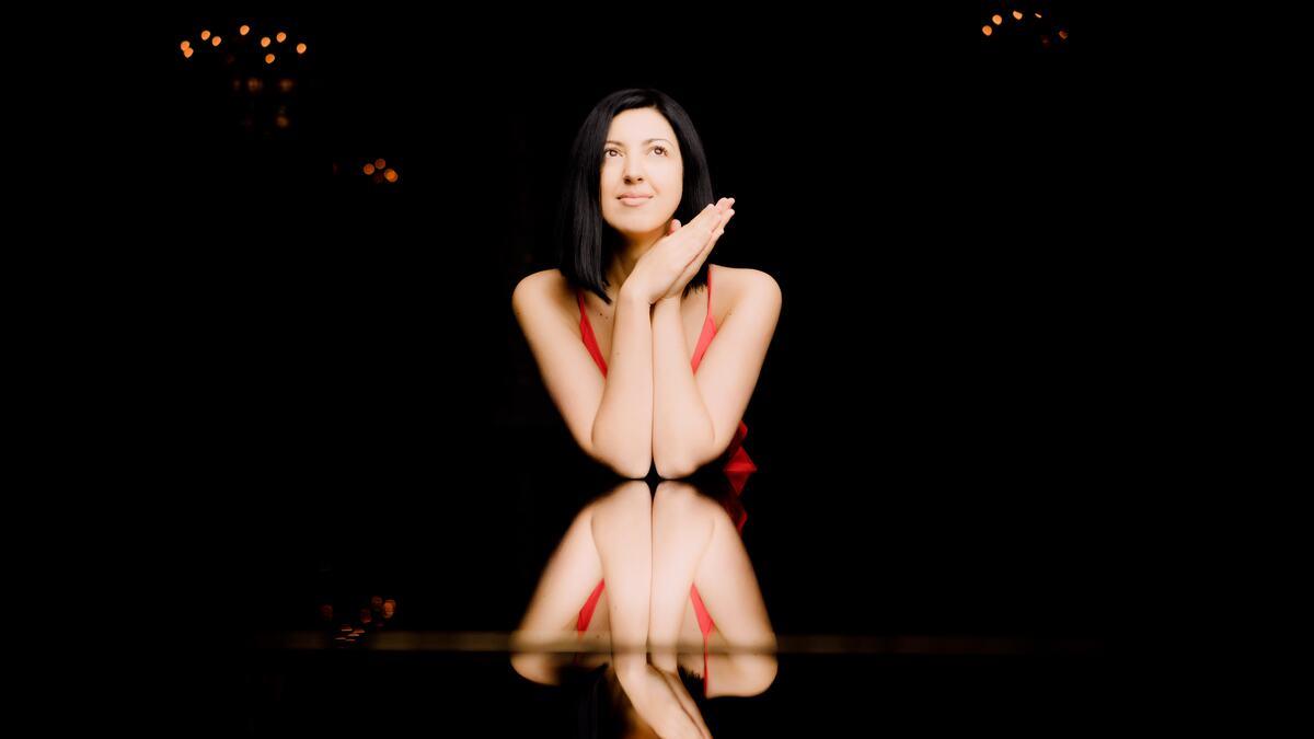 Alexandra Dariescu, pianist