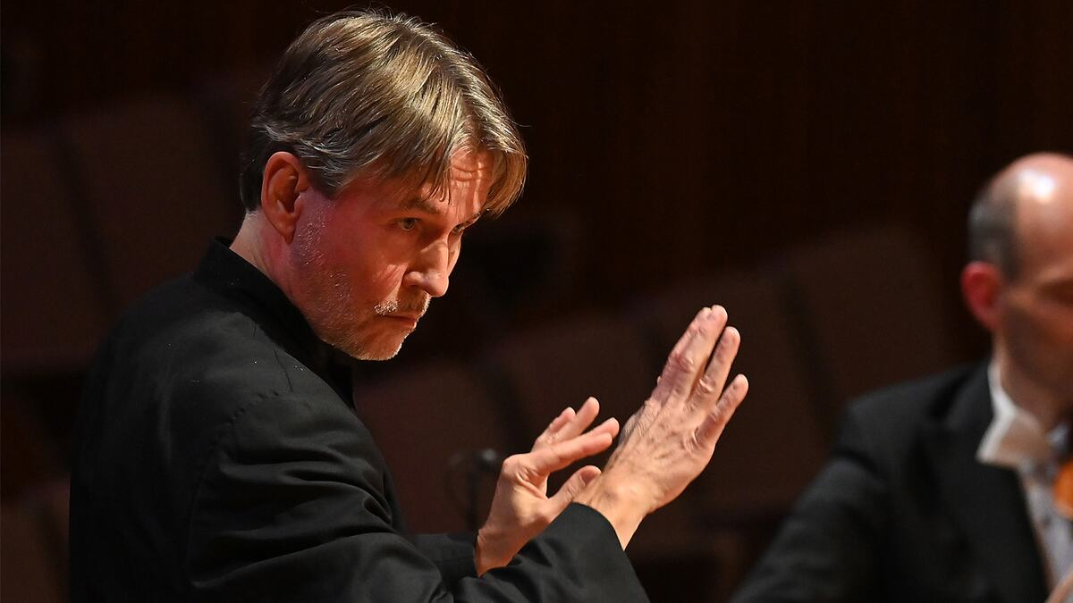 The Philharmonia conducted by Esa-Pekka Salonen with soprano Julia Bullock perform Ravel and Britten in the Royal Festival Hall