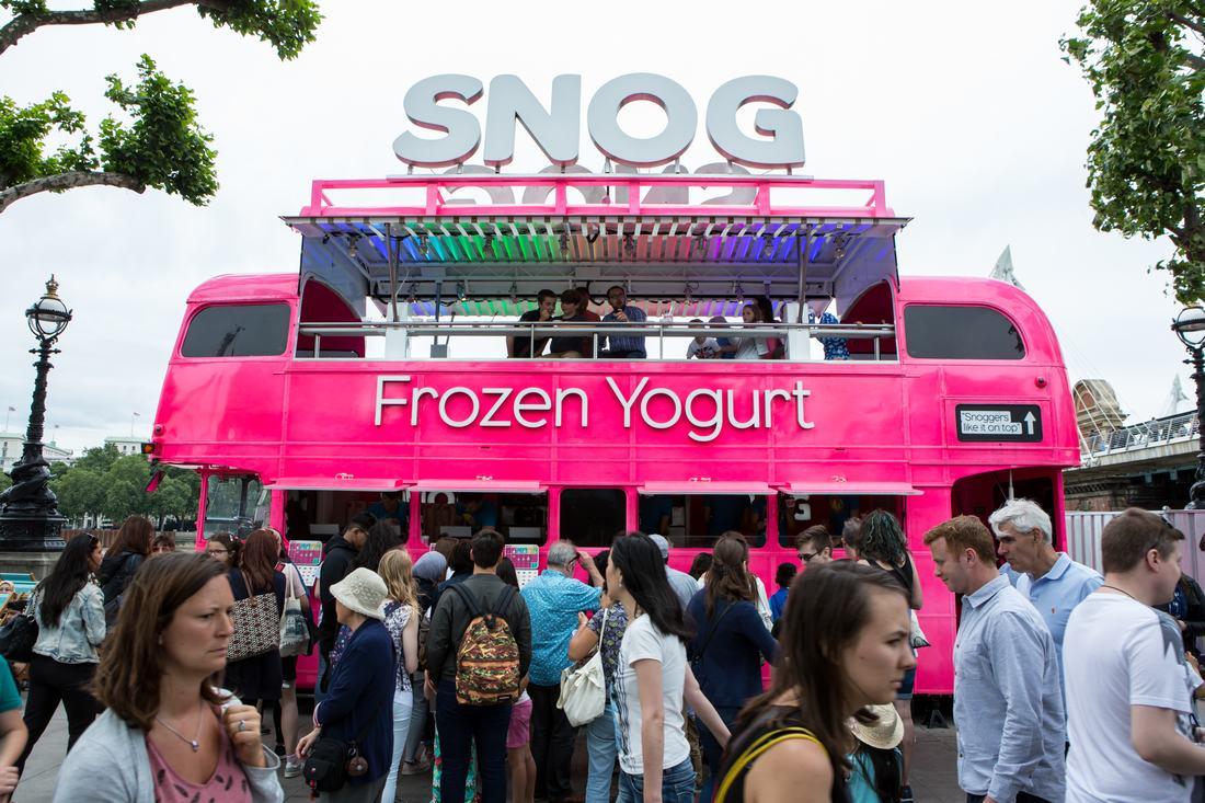 SNOG Frozen Yoghurt Bus