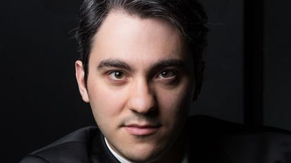 Alexander Gadjiev, pianist