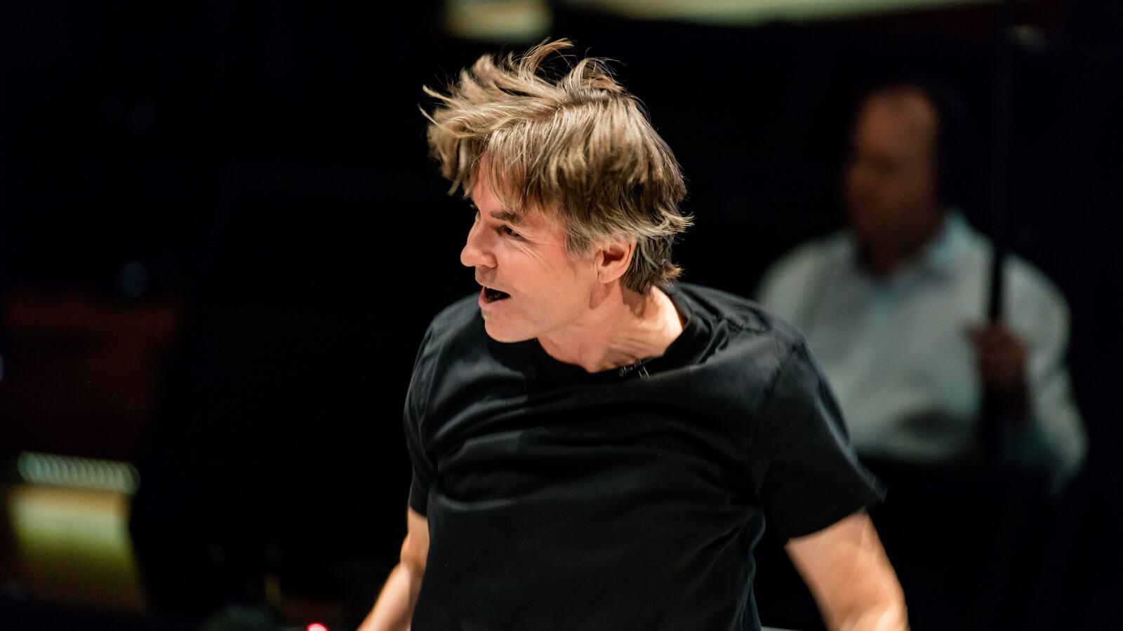 Esa Pekka Salonen, conductor