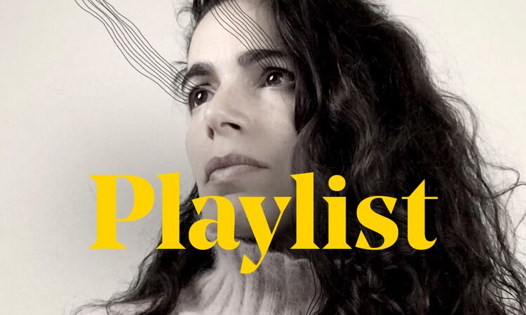 Singer Yael Naim and the word 'Playlist'