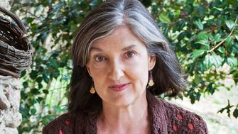 Barbara Kingsolver headshot