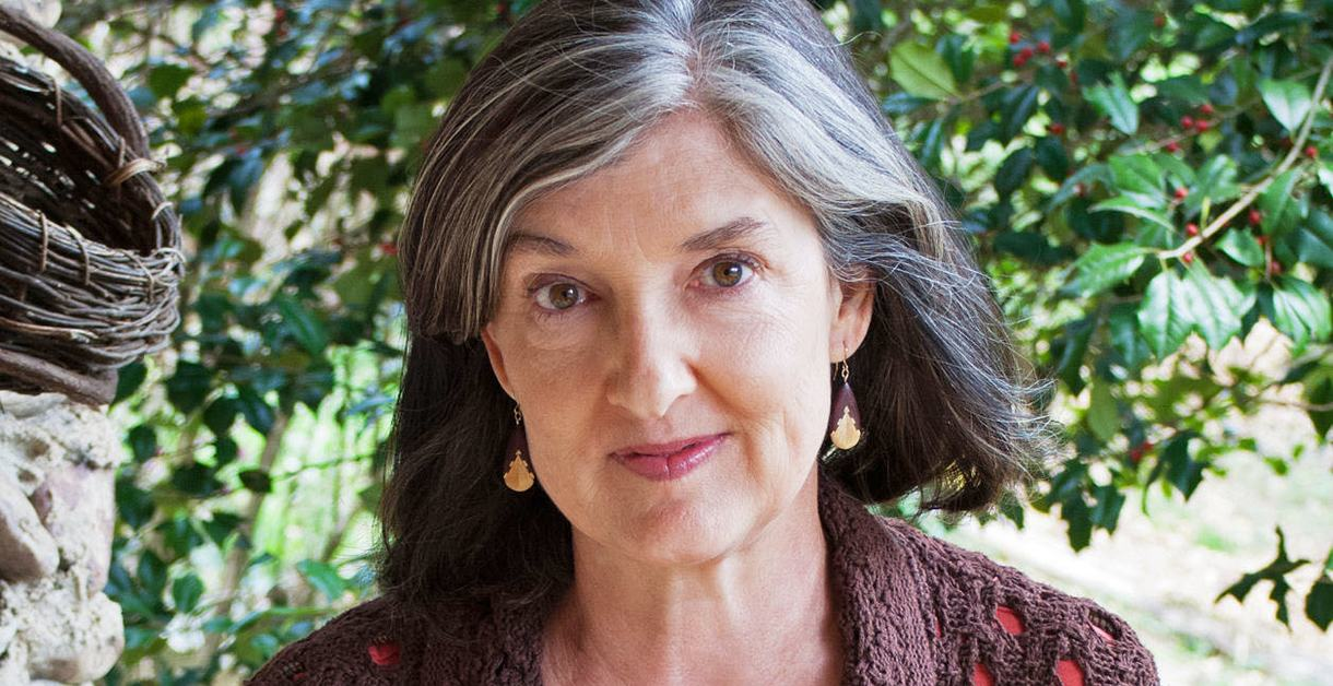 Barbara Kingsolver headshot