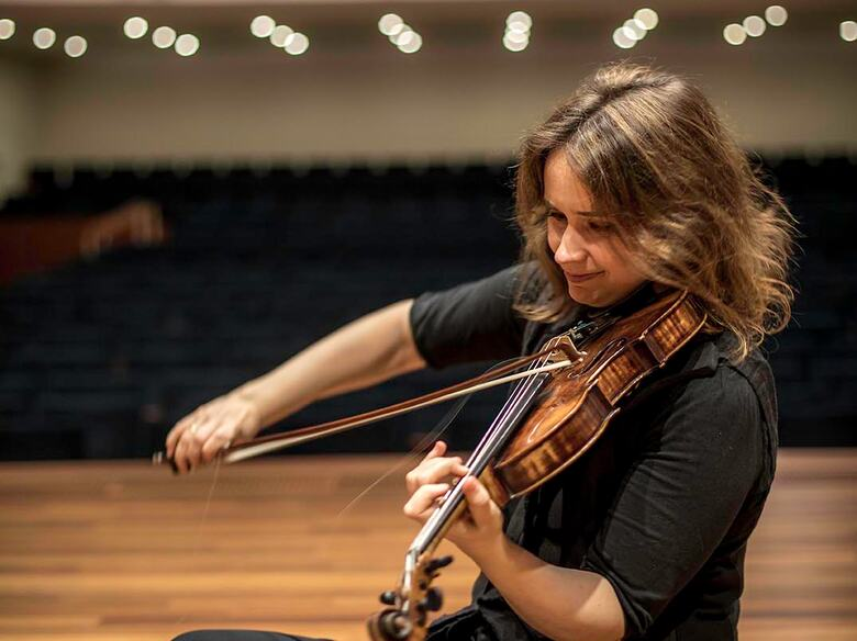 Pat Kop performs with Sol Gabetta part of CMS