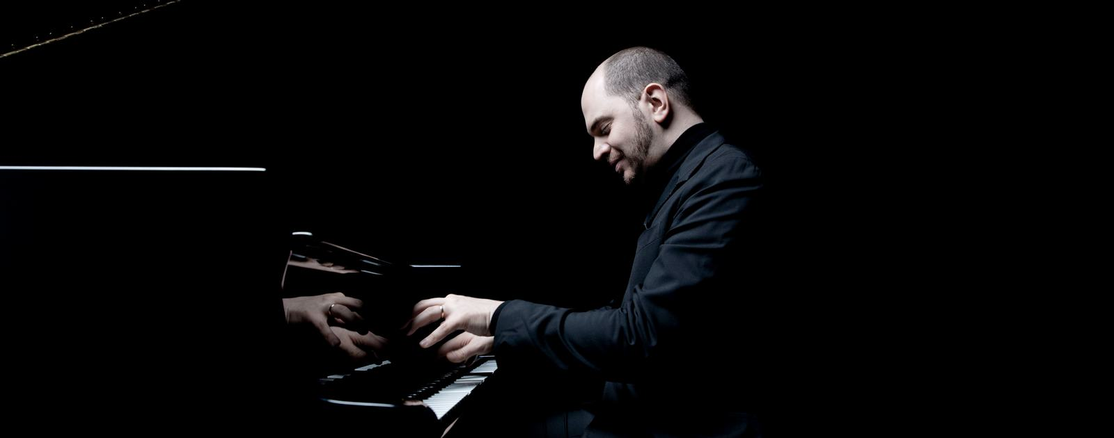 Kirill Gerstein.Photo: Marco Borggreve