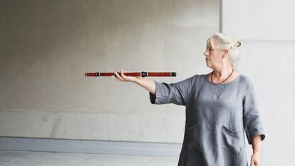 Lisa Beznosiuk, flute
