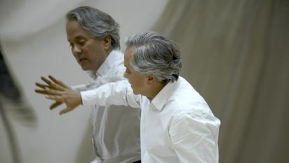 Anish Kapoor, British sculptor