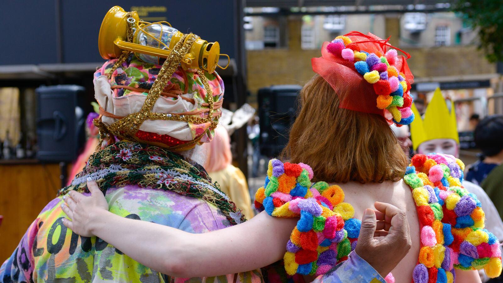 Two Colour Walk participants