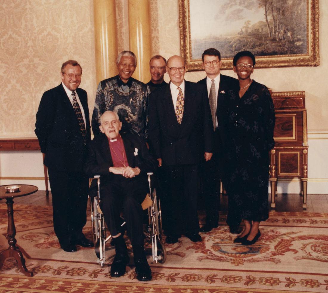 Meeting Nelson Mandela at Buckingham Palace – July 1996