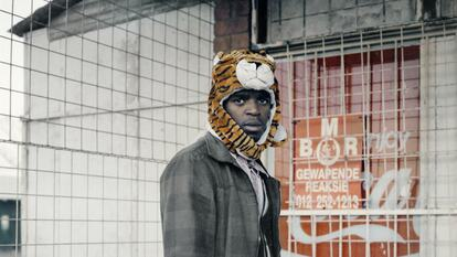 Thabiso Sekgala, Tiger, 2012. Inkjet fibra print, 70x70cm. Courtesy of the artist and Goodman Gallery.