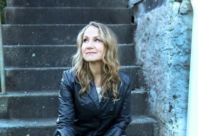 Joan Osborne, singer-songwriter