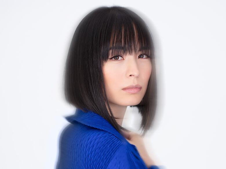 Alice Sara Ott photoshoot for her new release with DG Albums