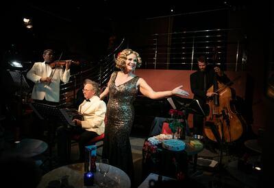 Ann Liebeck with musicians