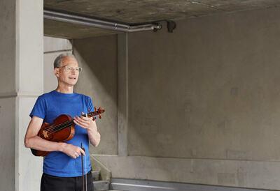 Martin Kelly, viola