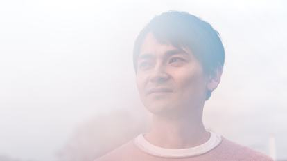 Photo portrait of the musician Masayoshi Fujita