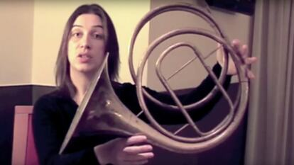 Anneke Scott with the natural horn