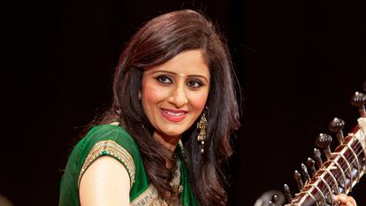 Roopa Panesar, sitaar player