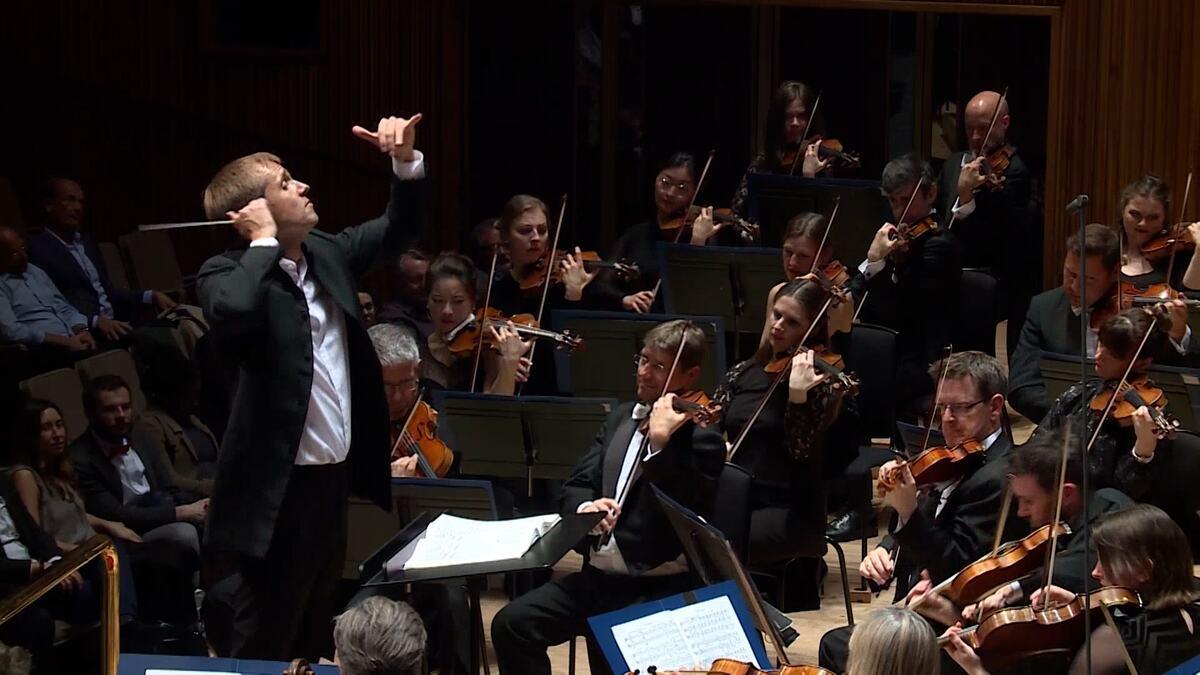Vasily Petrenko conducts Vaughan Williams