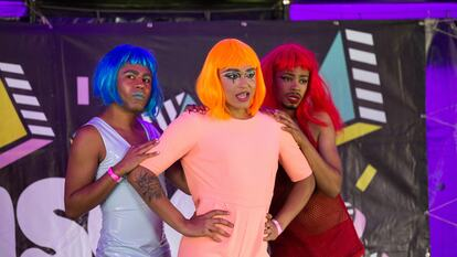Disco Loco, three performers on stage