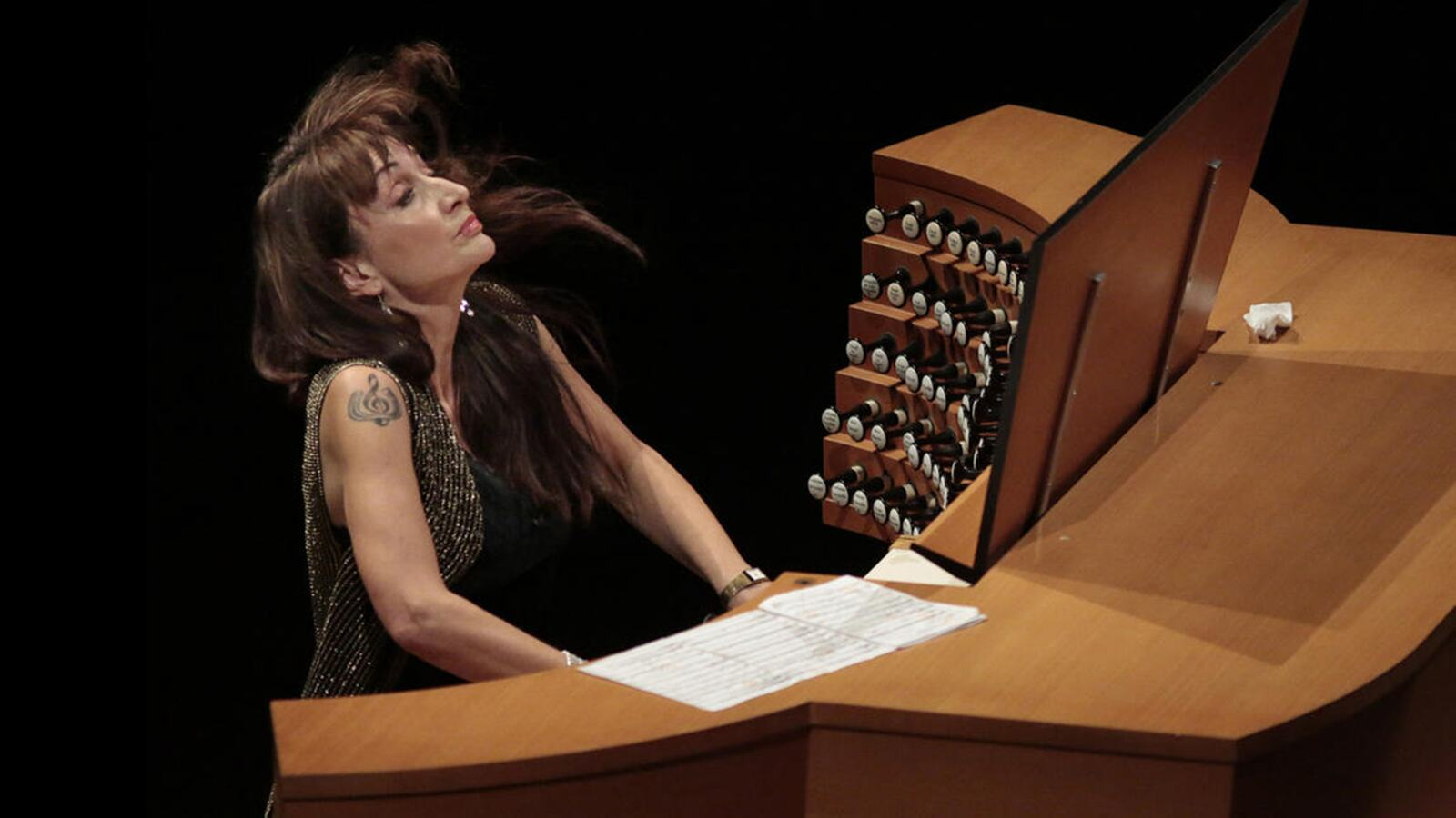 Carol Williams playing the organ