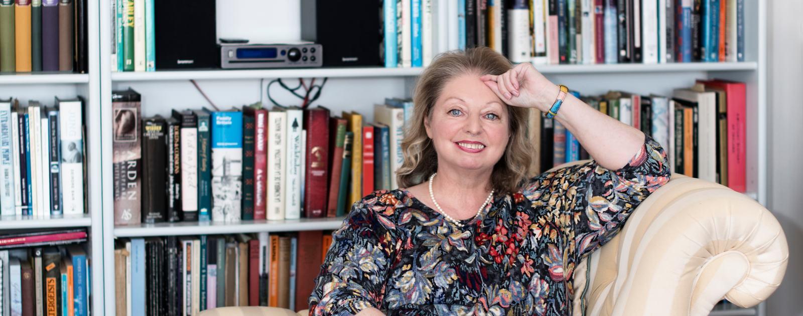 Hilary Mantel headshot