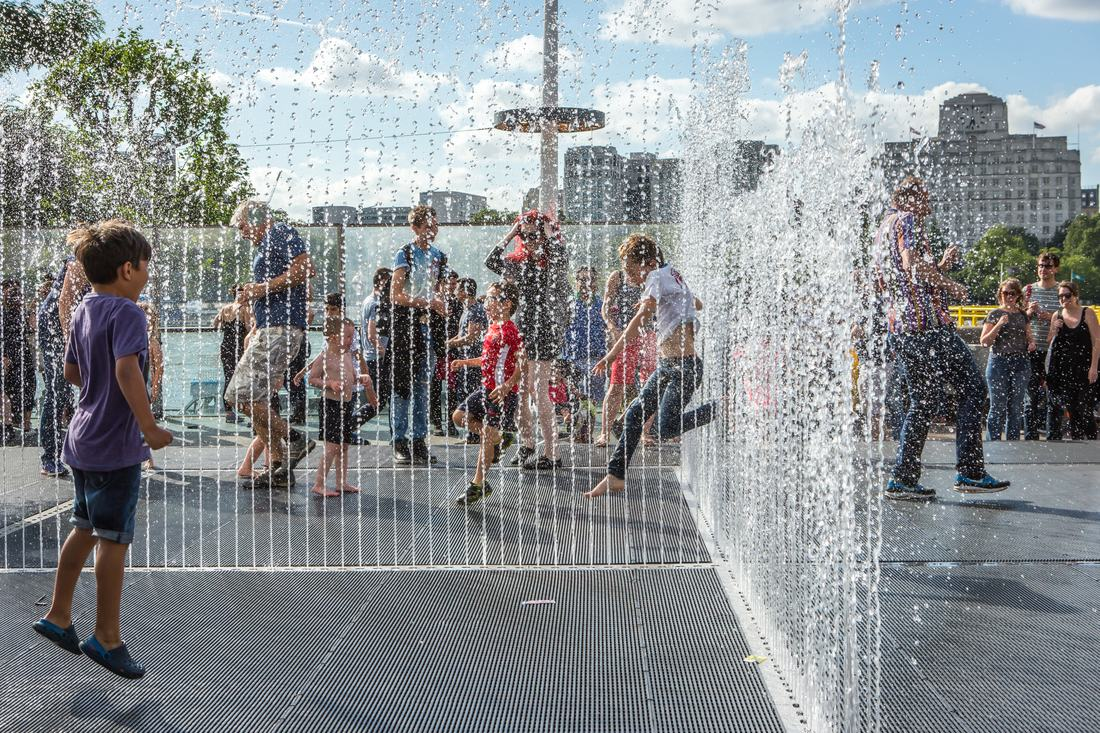 1 Jeppe Hein's Appearing Room Fountains